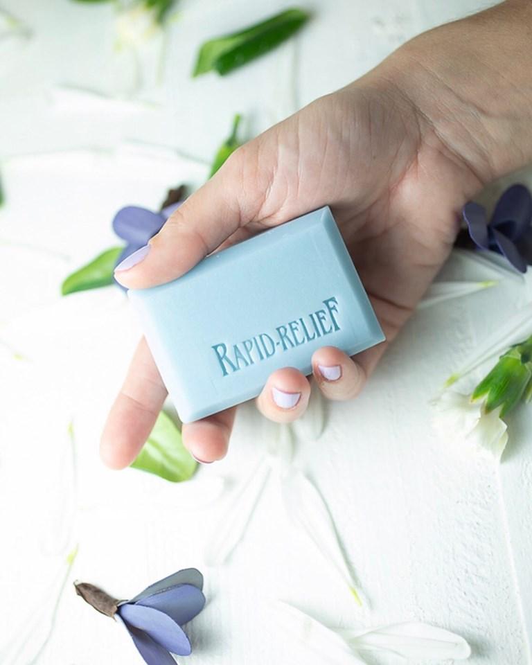 Elizabeth Essentials - Essential Oil Formulas - rapid relief soap